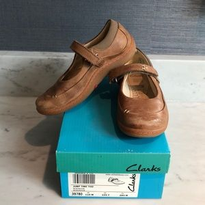 Clarks toddler Jump Time Mary Janes 10.5/11